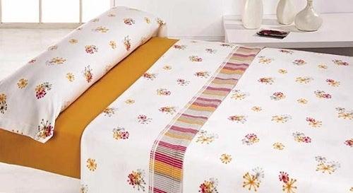 Laken und Bezüge waschen für die Pflege der Matratze