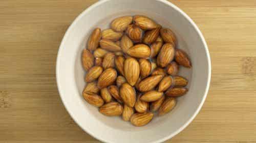 Entdecke die großartigen Vorteile von eingeweichten Mandeln