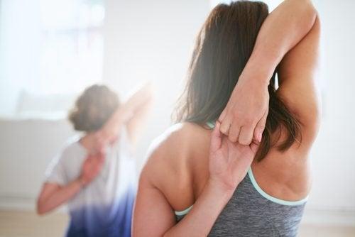 Übung-Schulterschmerzen