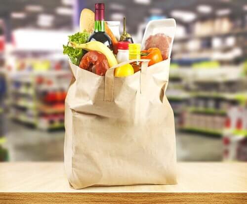Einkaufen von Kohlenhydraten mit vollem Magen