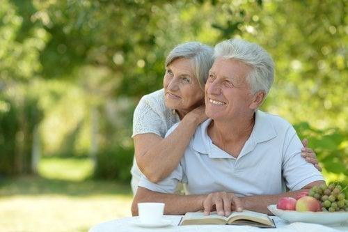 Frau und Mann im Alter