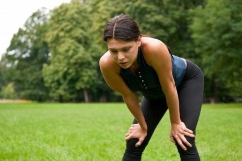 Frau macht Sport