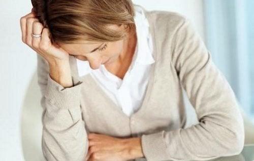 14 Anzeichen für Multiple Sklerose, die du kennen solltest