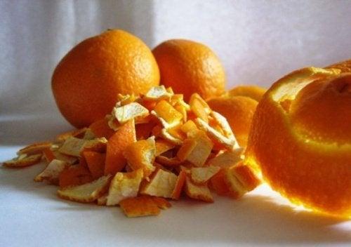 Orangenschalen gegen Nackenverspannungen