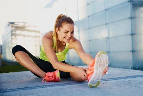 Dehnübungen gegen Muskelschmerzen