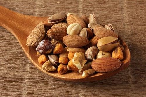 Nüsse und andere Lebensmittel mit viel Kalium