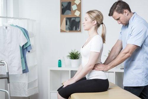 Schmerzen in der Lendenwirbelsäule behandeln