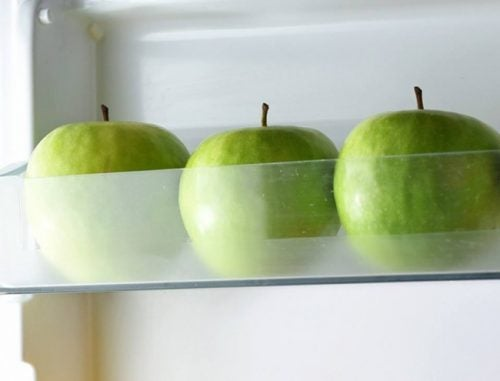 Äpfel im Kühlschrank
