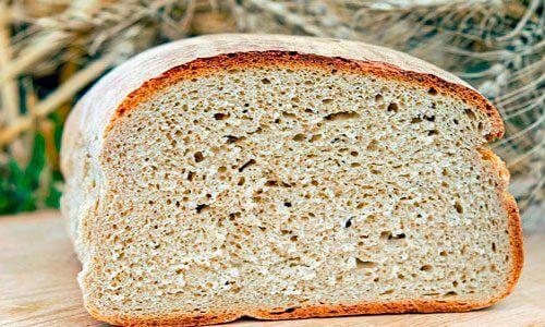 Brot für Salmorejo