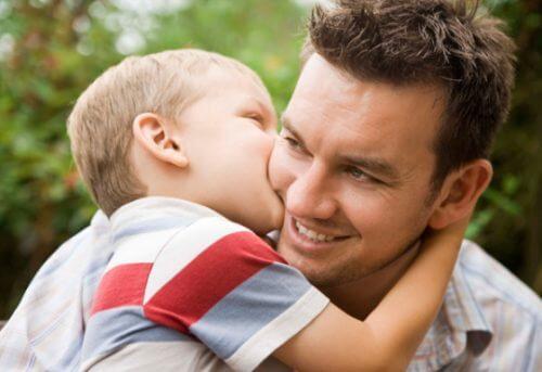 Sohn mit seinem Vater