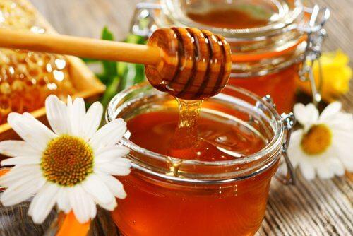 Bienenhonig gegen Keloide