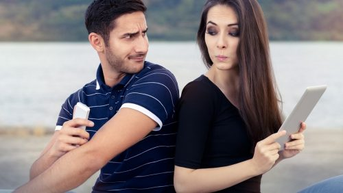 fehlendes Vertrauen zwischen Frau und Mann in Beziehung nicht tolerierbar