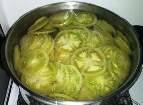 Behandlung mit grünen Tomaten und Essig gegen Krampfadern