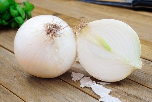 Zwiebeln gegen Narben