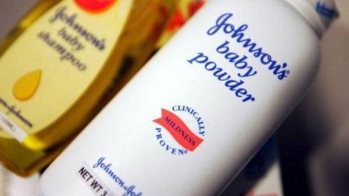 Krebs durch Talkumpuder? Johnson & Johnson muss Schadenersatz zahlen