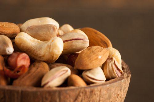 Trockenfrüchte und Samen