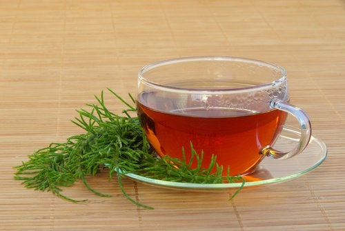 Tee als Hausmittel gegen Harnwegsinfektionen