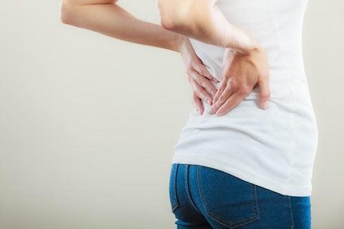 Rückenschmerzen ein Anzeichen für Blasenkrebs