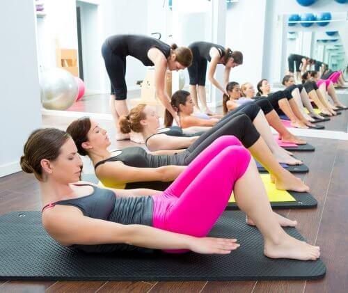 Yoga und Pilates - Sportarten mit dem eigenen Körpergewicht