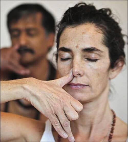Atemtechniken-Yoga