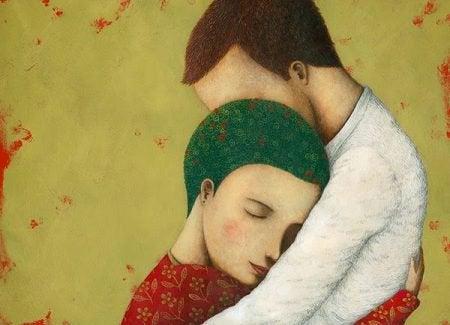 Frau und Mann umarmen sich und wissen: es ist die Liebe meines Lebens