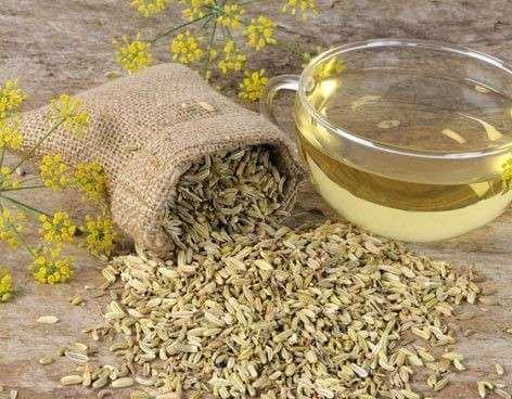 Fencheltee als Hausmittel gegen Gastritis