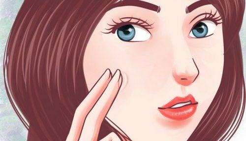 4 effektive feuchtigkeitsspendende Hausmittel gegen trockene Haut