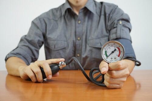 Wasser lindert Bluthochdruck