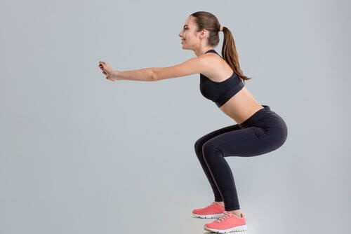 Kniebeuge- eine der Übungen für schöne Beine
