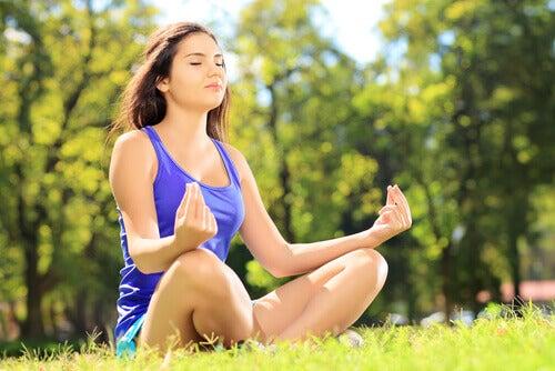 Meditation eine der Techniken zur Selbstbeherrschung