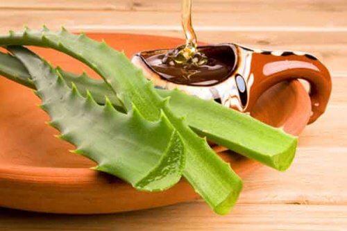 Darmreinigung mit Aloe vera und Bienenhonig