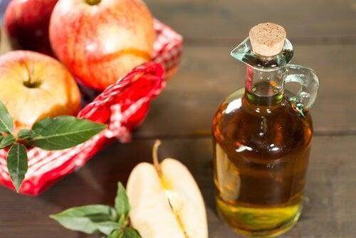 Apfelessig gegen erhöhte Harnsäurewerte