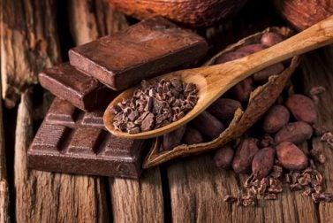 gesundes Frühstück ohne Milch aber mit Kakao