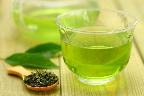 grüner Tee für Mixgetränk zum Abnehmen