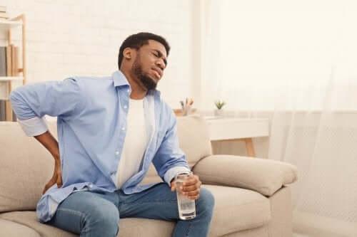 6 Getränke gegen Nierenschmerzen