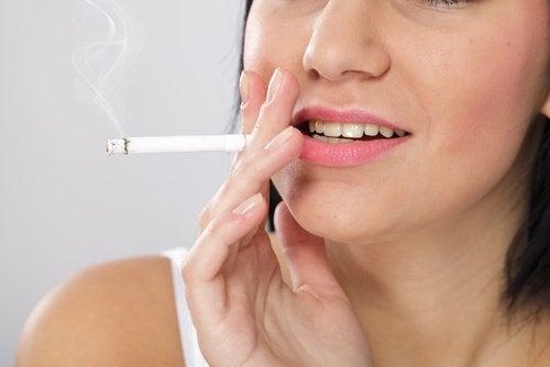 Rauchen schadet der Gesundheit deiner Schilddrüse