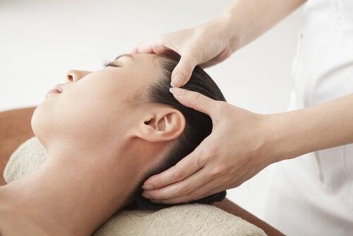 Massagen gegen die Ursachen für FLüssigkeitseinlagerungen