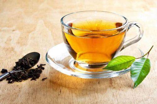 Damiana-Tee als Hausmittel gegen Falten