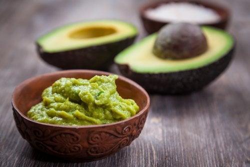 Avocados und Gewicht verlieren