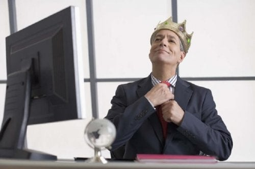 Persönlichkeitstypen: Mann mit Krone