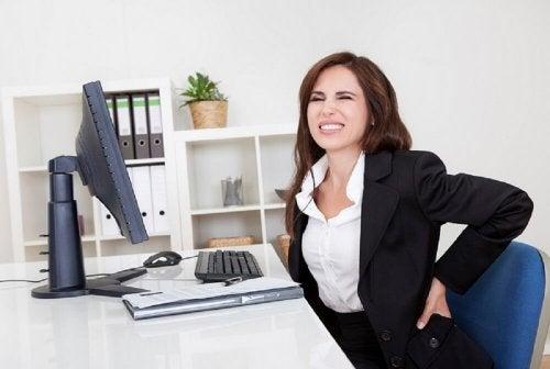 Haltung und andere Strategien gegen Rückenschmerzen