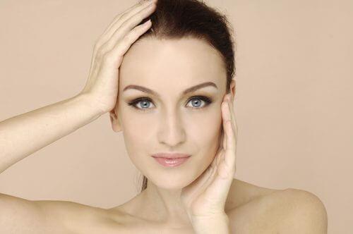 Blasse Haut als Anzeichen für Vitaminmangel