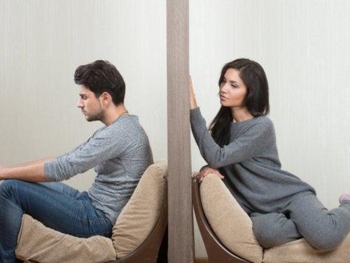 dein Partner baut eine Wand zwischen euch auf