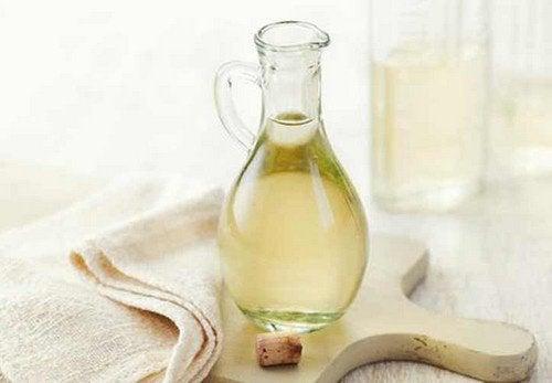 Rezept gegen Nagelpilz mit Essig