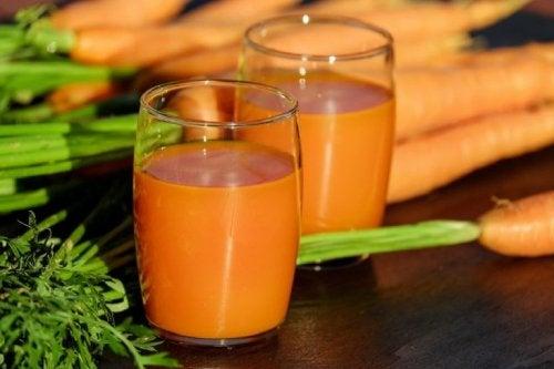 Heilmittel gegen Husten mit Karotten