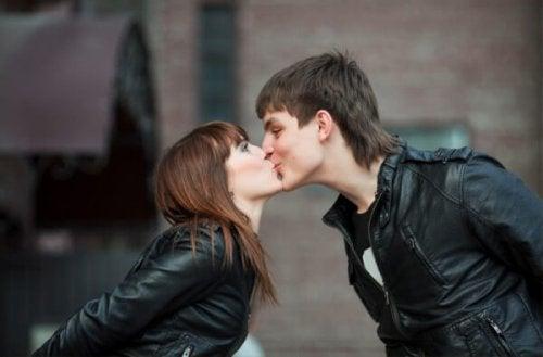 Warum küssen wir?