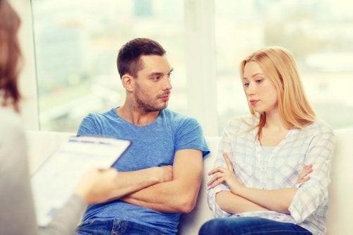 Paartherapie um Untreue zu überwinden