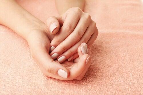 Schwellungen an den Händen