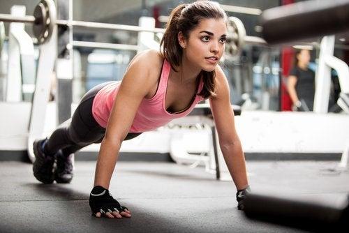 täglich Spinat essen für starke Muskeln