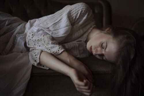 Das Kassandra-Syndrom kann zur sozialen Ausgrenzung von Frauen führen.